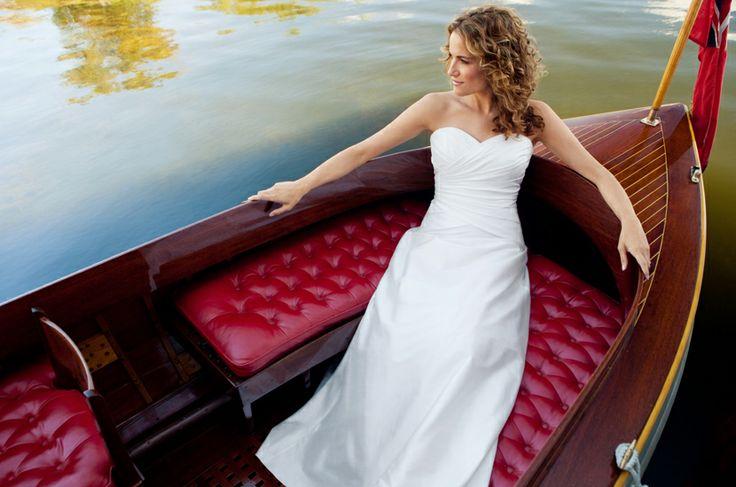 Lea Ann Belter Bridal - Toronto