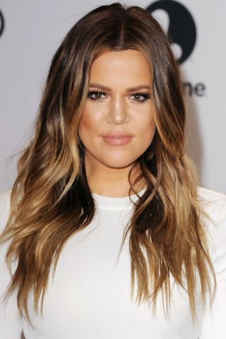 16 inspiring hairstyle ideas to borrow from the Kardashian & Jenner girls.