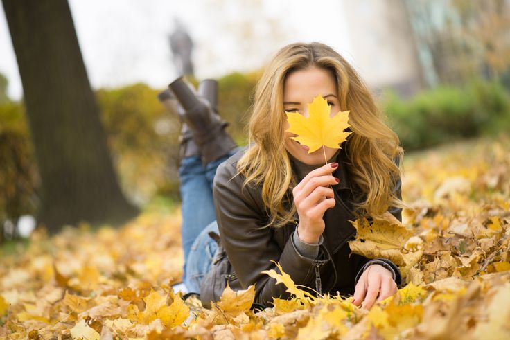 Cera jesienią: http://bleuet.pl/jak-zadbac-o-cere-jesienia/