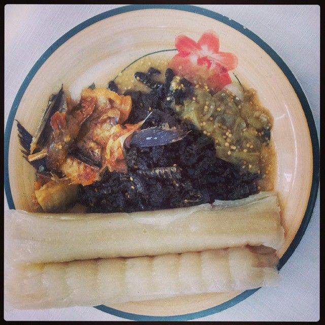 mar_negro_mouf_ty Prato Tipicamente da zona Pertencente ao Antigo #ImpérioDoKongo #Angola #Gabão #CongoBrazzaville #RDcongo . #Kikwanga, #Makayabu #Kinpiatu #Sosse, meu prato do dia…….
