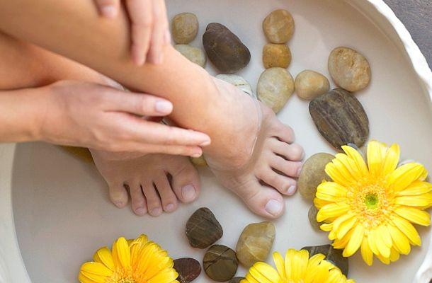 A hajdani népi gyógymódok között a lábizzadásra is találsz megoldást.