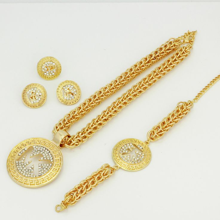 Trova più Set di gioielli Informazioni su 2016 Fashion Classic Design Africano 18 k Placcato Oro Collana di Cristallo Set Monili di Nozze Sposa Set Dubai Gioielli Di Lusso Set, Alta Qualità set up pompa acqua, Cina jewellery packaging Fornitori, A buon prezzo parti di gioielli da YIWU  CZ Jewelry  Co. su Aliexpress.com
