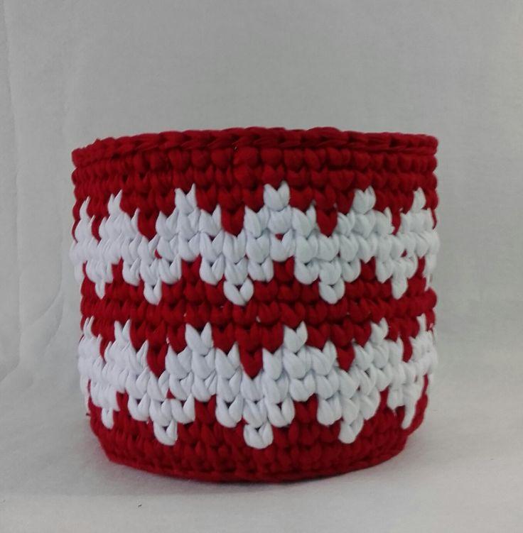 ttps://www.elo7.com.br/cesto-croche-chevron-vermelho-e-branco/dp/92A3E3