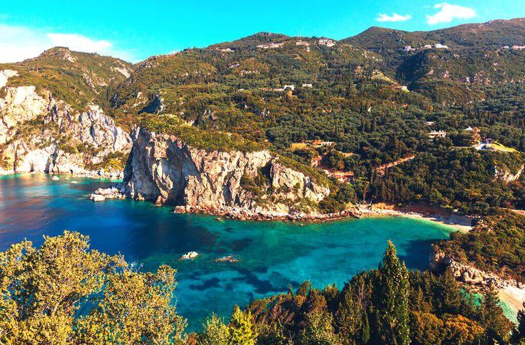 Magia Korfu + Achillion i Błękitne Groty – Korfu Magic Tours