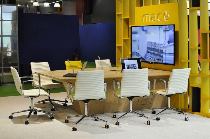 17 meilleures images propos de bureaux expo 2015 sur pinterest bureaux mobiles et auras. Black Bedroom Furniture Sets. Home Design Ideas