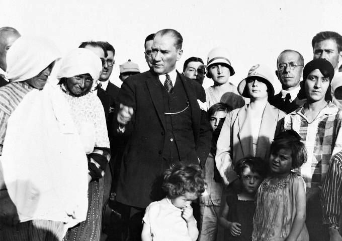 "MUSTAFA KEMAL ATATÜRK,6 Haziran 1929 Etimesgut köyü Ankara """