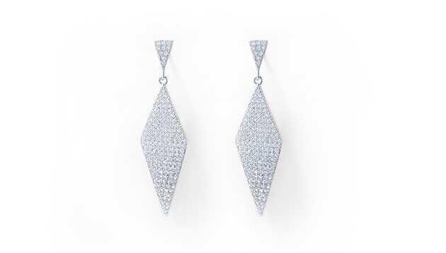 Pave whitegold earrings