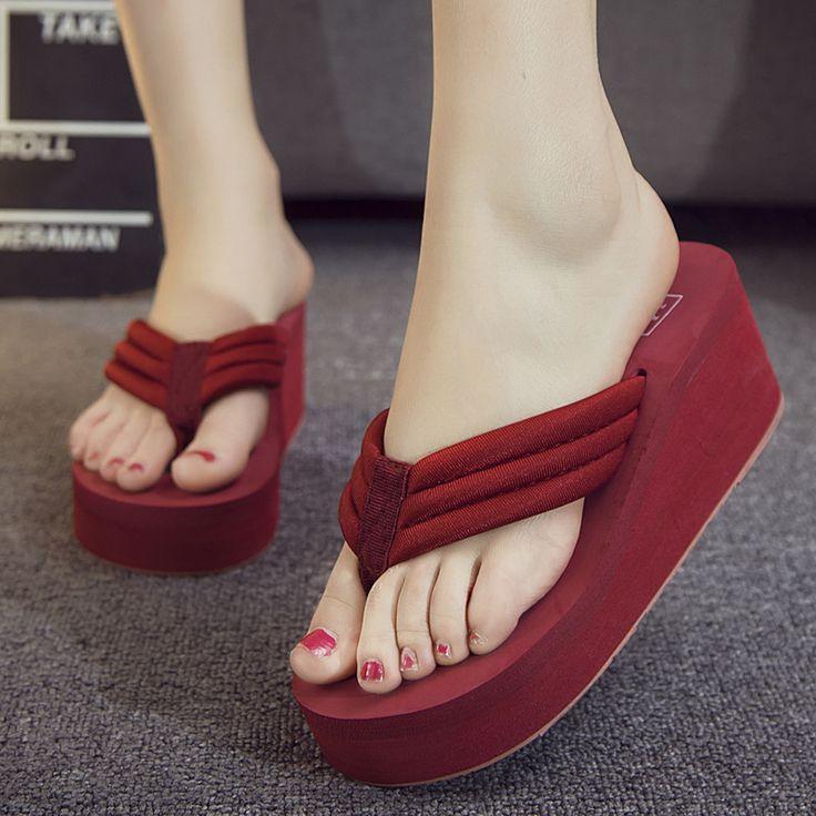Women's Clip Toe Flip-Flops Summer Thick Bottom Anti-Slip Beach Sandals