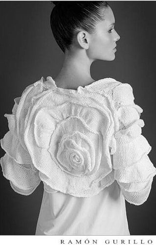 knit flower only for inspiration  @Rachel Baker Meyer learn to knit this! :-)
