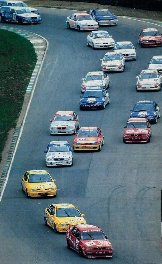Best days of English Touring cars. Super Touring era...