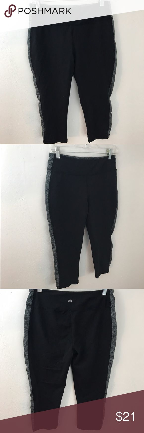 Kyodan Capri Pants Leggings Work Out Yoga Gym L Kyodan Capri Pants Leggings Black Sz Large Womens Athletic Work Out Yoga Gym In excellent preloved condition Kyodan Pants Leggings