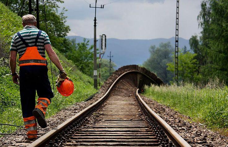 """TYWKIWDBI (""""Tai-Wiki-Widbee""""): Railroad track to nowhere"""
