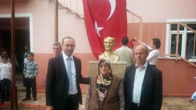 Devriye Haber : Vize ilçesine bağlı Kışlacık köyünde Nevriye Nine'den Örnek Davranış maddi desteği ile.Atatürk büstü,yapıldı