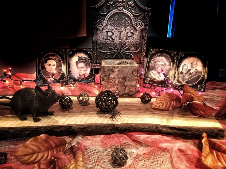 Halloween table set up. Walnut board and spooky characters! / fall