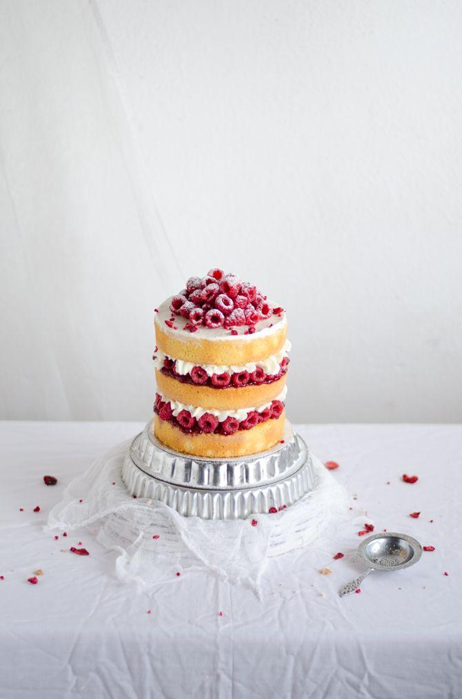 Framboisier - almond cake, mascarpone and raspberry