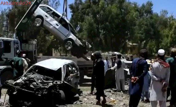 Sklepy i samochody zniszczone. W ataku na konwój sił bezpieczeństwa zginęły dzieci