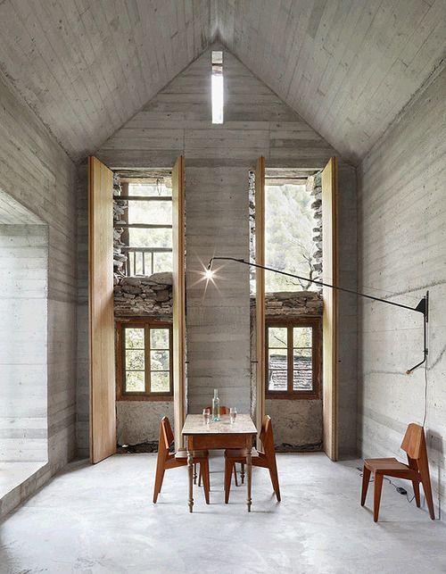 Rénovation maison avec du béton comme élément principal