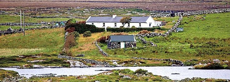 Period Holiday Cottage in West of Ireland : vacation rental in the heart of Connemara | Emlaghmore, Connemara