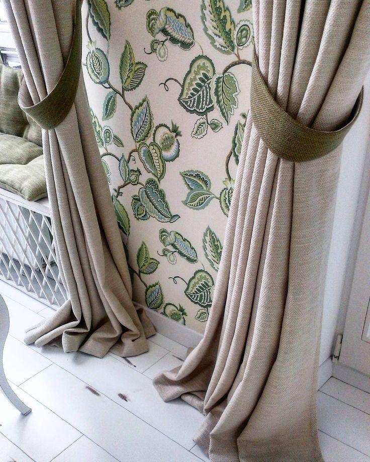 красота в деталях: #шторы из тканей HARDROCK #galleria_arben с зелеными подхватами! Дизайнер @rita_kohaeva_decor #портьеры #декорокна #ткани