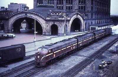 Color slide PRR Pennsylvania Railroad E7A #4313 Pittsburgh, PA station December 3,1966