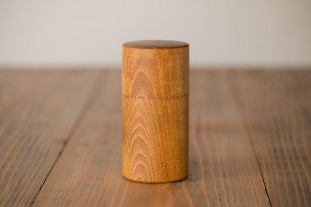 ろくろ挽きの桑の木の茶筒(大)