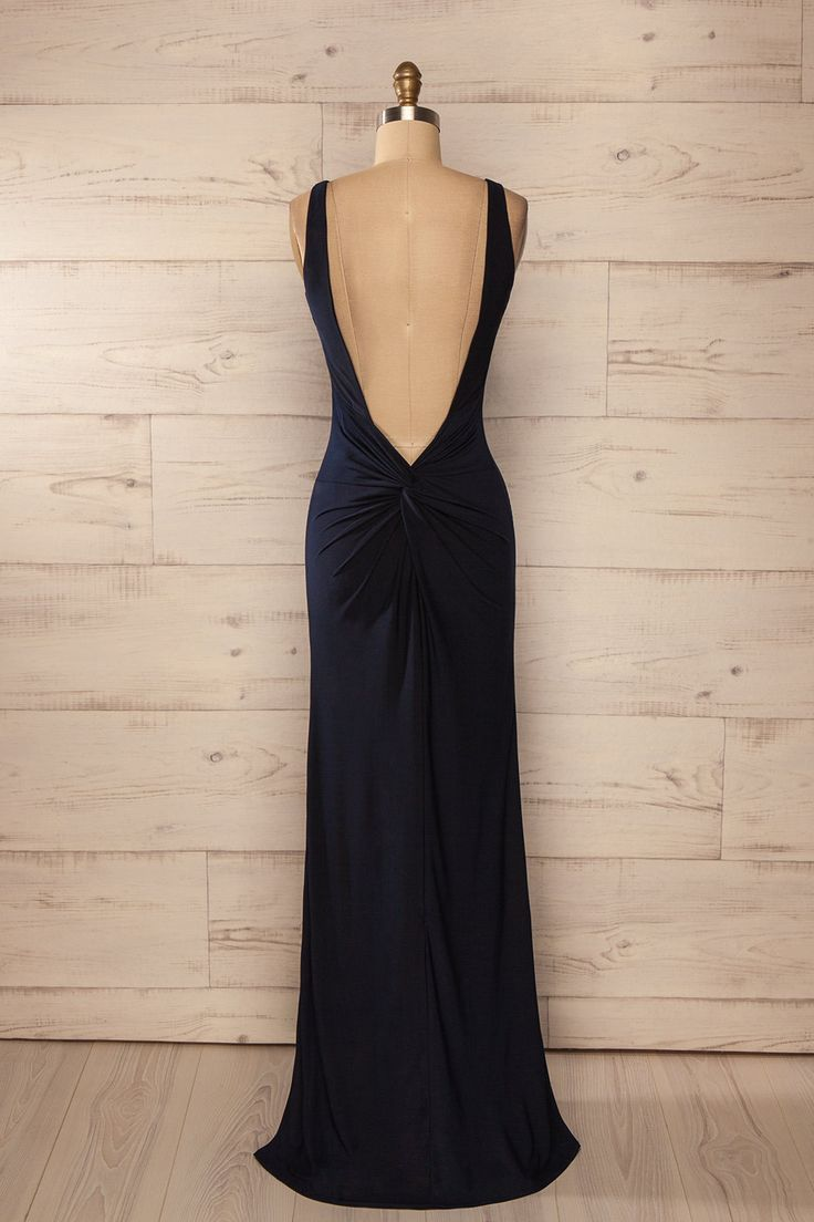 Robe longue ajustée bleu marine dos ouvert froncé fente côté - Fitted open-back ruched side slit navy blue long dress