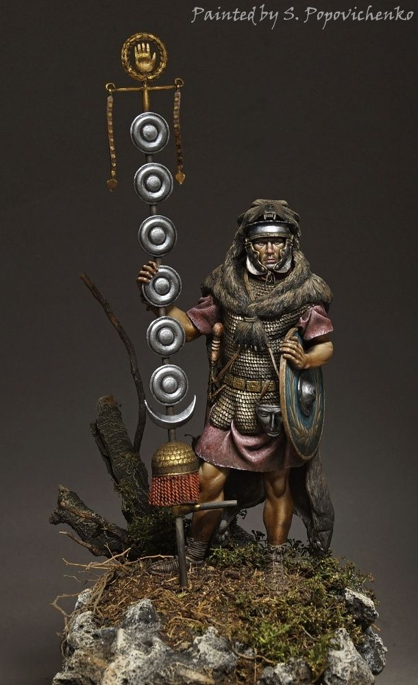Custom work. Roman signifer. Andrea 90mm. Acrylic and oil painting.