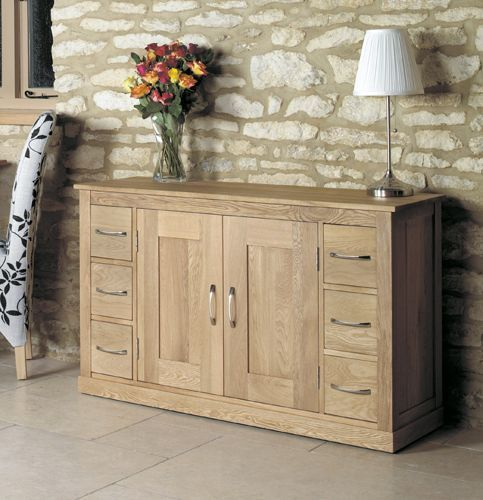 Mobel Oak Six Drawer Sideboard #oak #furniture #home #decor #interior #inspiration #traditional #diningroom #livingroom #lounge #sideboard #hall