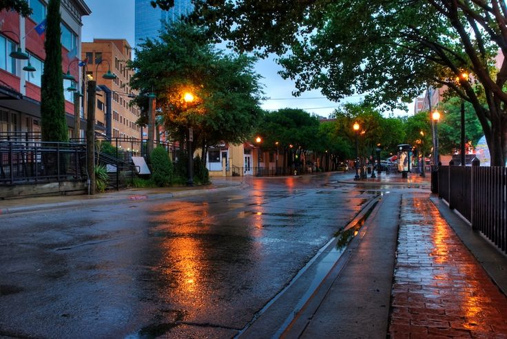 Dallas rainy street scene HDR - Version 2.jpg (972×650)