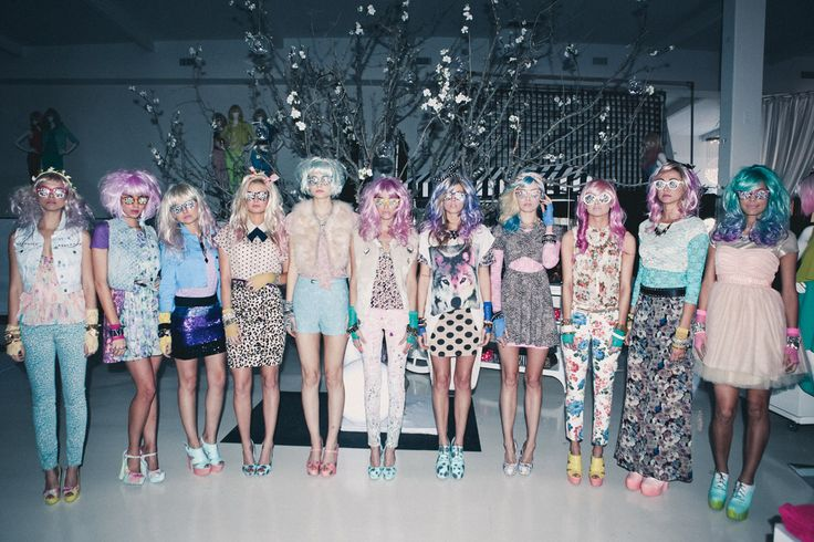 Through the Looking Glass: A 3D Experience by Forever 21
