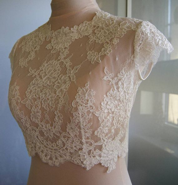 Wedding bolero-top-jacket of lace sleeve short front by TIFARY