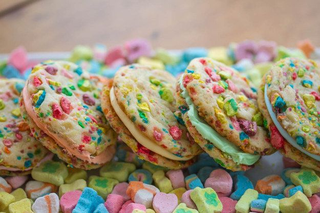 Lucky Charms Rainbow Sandwich Cookies | 27 Marshmallow Treats That Are Even…