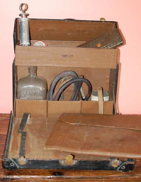 Antique FUNERAL HOME EMBALMING Case Kit Early 1900's Vintage Undertaker | eBay