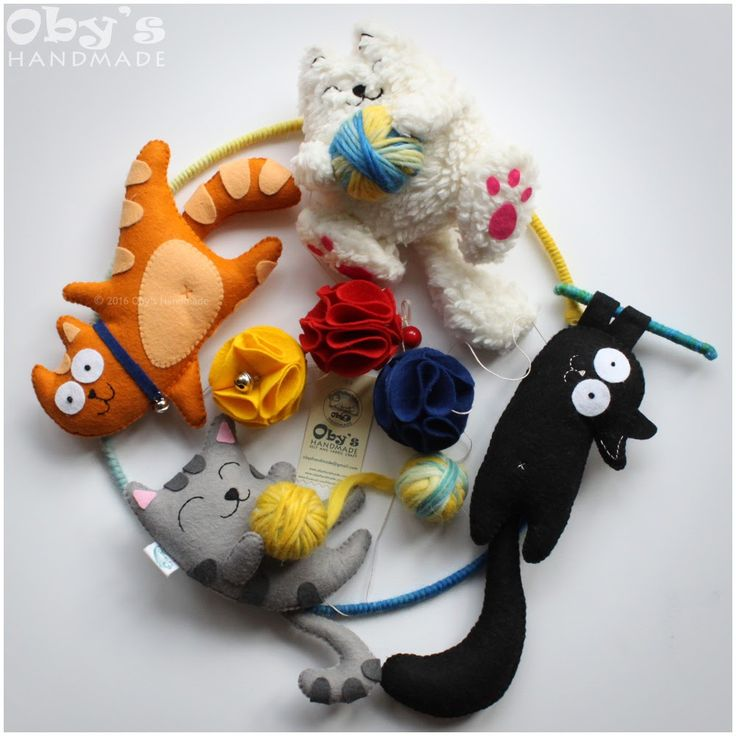 Nursery mobile, felt kitten, handmade