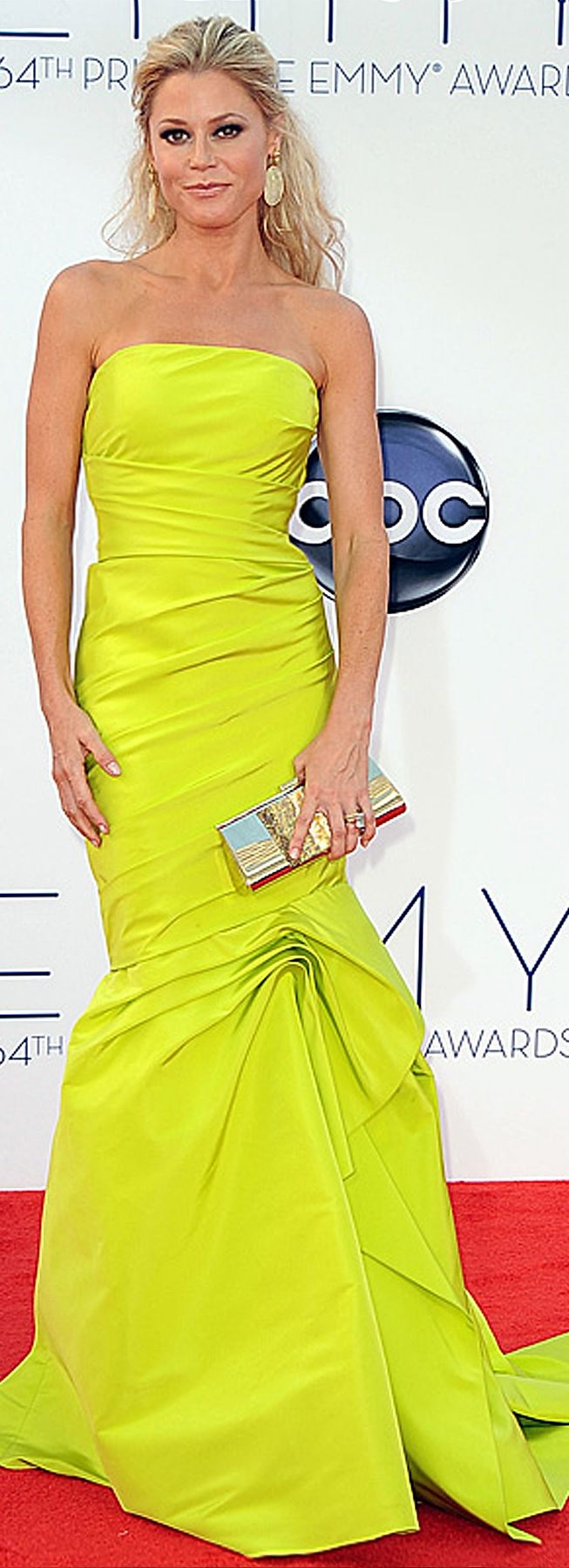Julia Bowen in a strapless Monique Lhuillier gown at the Emmys.