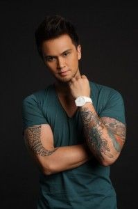 Billy Crawford Hairstyle, Makeup, Suits, Shoes and Perfume - http://www.celebhairdo.com/billy-crawford-hairstyle-makeup-suits-shoes-and-perfume/