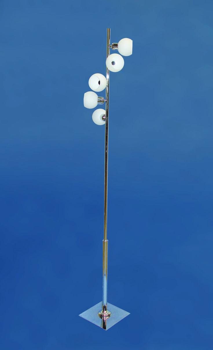 #Lampara de pie lodz  https://novaluz.es/es/pie-de-salon/153-lampara-de-pie-lodz.html  Lámpara pie de salón fabricado con tubo redondo y cinco #bolas de #cristal ácido colocadas alrededor del tubo. #Portalamparas son E-14 (rosca fina). #Ideal para #decorar cualquier rincón de tu #hogar.