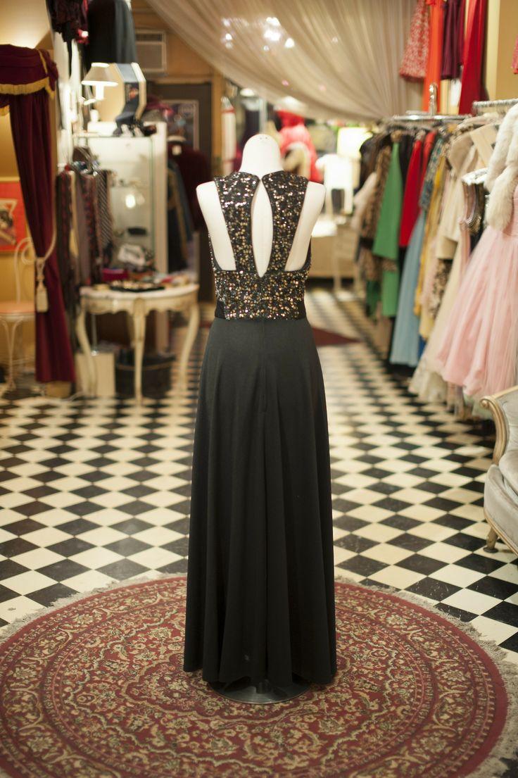 New Arrival at Cabaret Vintage  #vintage #gown #cabaret #cabaretvintage #cocktaildress #eveningdress #redcarpet #gala