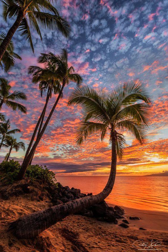 Lani'aina | heavenly sunset cloud show in Maui, Hawaii Beach Fashion, Cute Bikini, Sexy Bikini