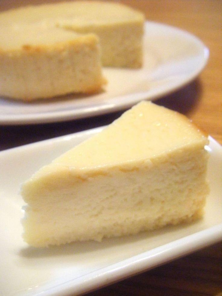 リコッタチーズを使ったイタリアのチーズケーキ♡クリームチーズ使用のNYタイプとは一味違うおいしさです。