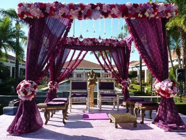 Indian Weddings: Beautiful Mandaps