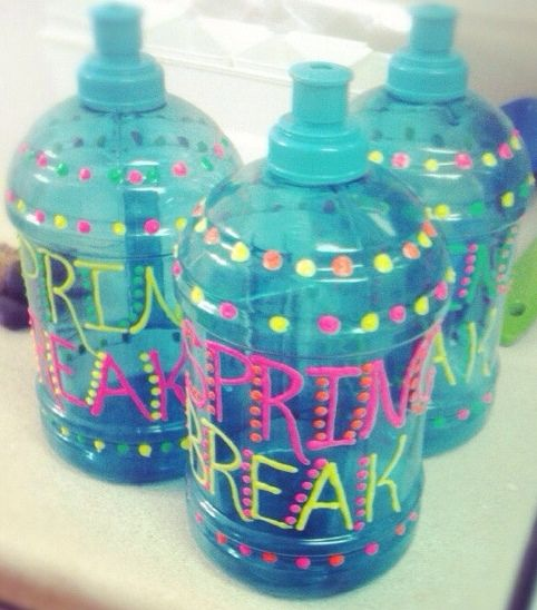 Personalized water bottles - craft activity for spring break party