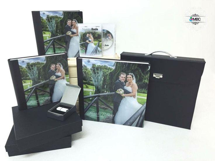 Nos encanta entregar vuestros reportajes de fotos y vídeo y ver que os encantan! Silvia y Roberto ya tienen sus recuerdos de un día inolvidable! Una gran pareja a la que deseamos toda la felicidad del mundo!  #weddingalbum #weddingphoto #albumboda #fotografíadebodas #fotógrafodebodas #vídeoboda #packboda #recuerdosinolvidables #bodasLugo #bodasGalicia #fotógrafoGalicia #Lugo #Galicia #casarseenGalicia