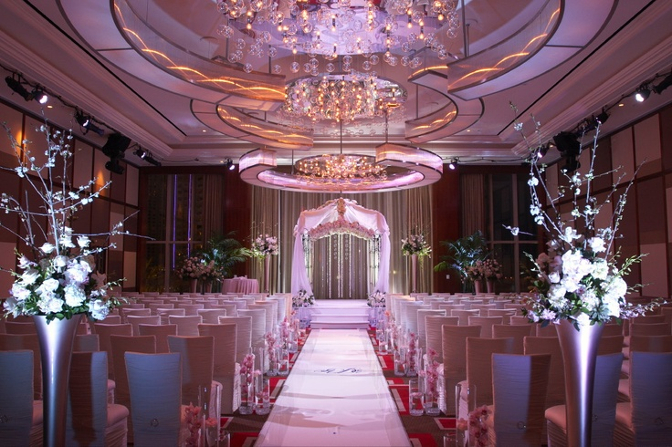 elie desche and aria zelnik wedding the mandarin oriental wedding chapel in vegas is so gorgeous its expensive though weddings pinterest wedding