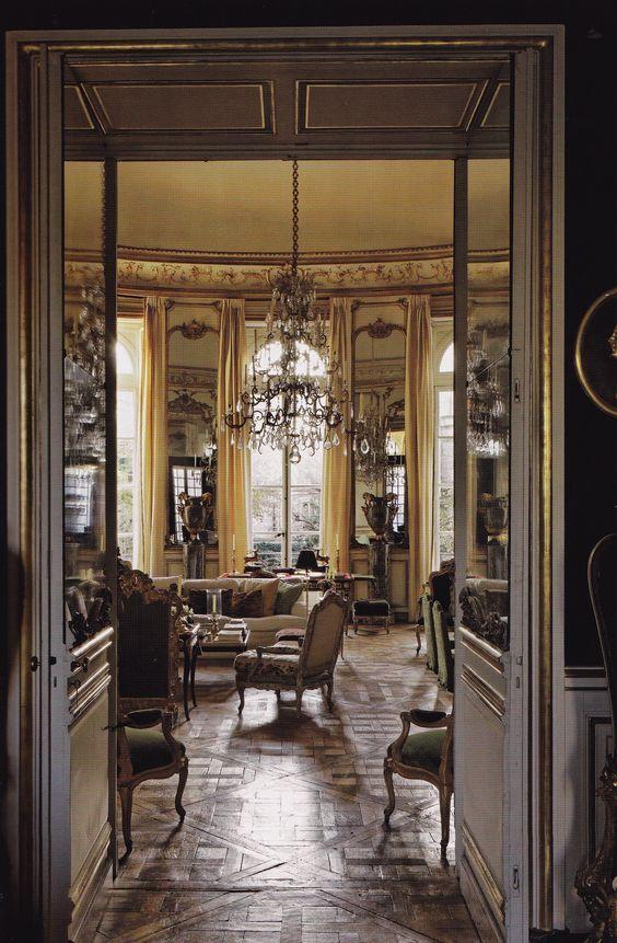 Best 25 inside mansions ideas on pinterest big houses for Salon pixar paris