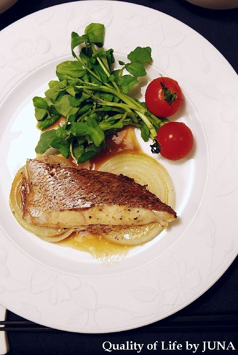 Quality of Life by JUNA|【タルチョ・芋】簡単レシピ♪鯛の香草焼き 「鯛の香草焼き」 ~オーブンを使って~