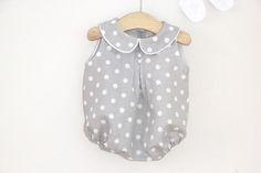 Tutorial y patrones: Pelele de lunares para bebe DIY | Oh, Mother Mine DIY!! | Bloglovin'