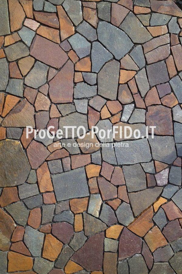 #mosaico di #porfido #trentino colore misto e #pianocava uniforme, #posa a #regoladarte