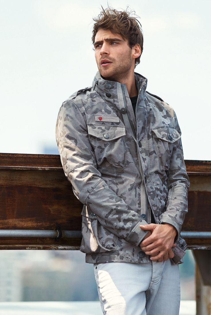 Digging the camo trends this season? So are we! Lots of great styles to check out from Strellson right now including this Swiss Cross Ranger jacket. Did we mention is comes with a Strellson Swiss army knife? #menswear #streetstyle #camo #SS15 #fashion #style #dapper #outerwear