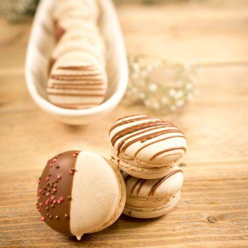 Maak zelf je eigen verrukkelijke caramel macarons met dit uitgebreide recept.